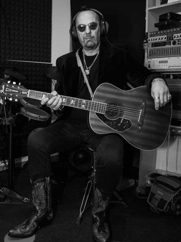 Carlo Zannetti chitarrista